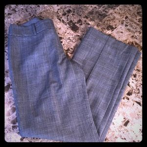Ann Taylor Plaid Casual Dress Pants Gray size 0